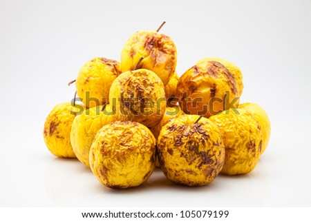 yellow apples in poor condition