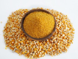 Yellow gold Corn Distiller's dried grains with solubles (DDGS) and corn grains are the nutrient rich co-product of dry -milled ethanol .The biofuel plants are a growing source