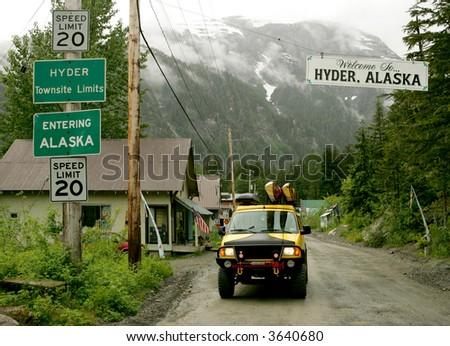 how to get to hyder alaska