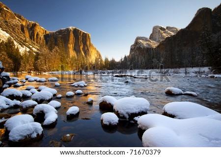 Stock Photo Yosemite National Park in Winter