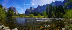 Yosemite National Park (Panoramic view)