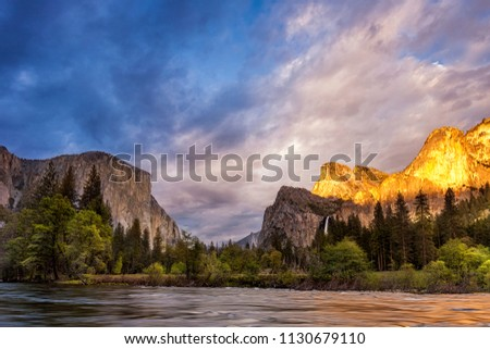 Yosemite National Park's Valley View at sunset