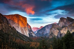 Yosemite National Park tunnel view of El Capitan, Half Dome, Bridalveil Fall at sunset