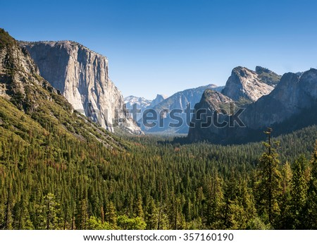 stock photo yosemite valley and the sierra nevada mountains in california united states scenic mountain vista 357160190 - Каталог - 3d фотообои