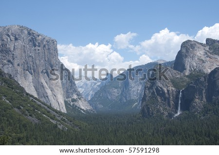 Yosemite Valley (Wawona Tunnel View) with low hanging clouds