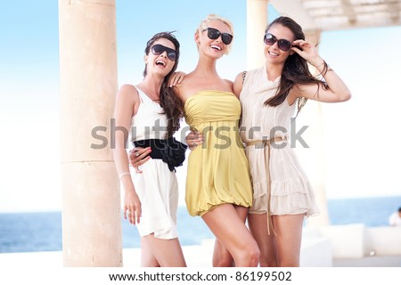 Young beauty friends on vacation day