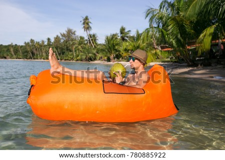 Boy Sleep Beach Images Usseek Com