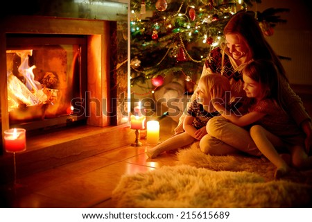 Christmas Fireplace Wall Scene