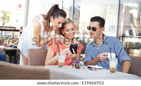 Young people at a cafe