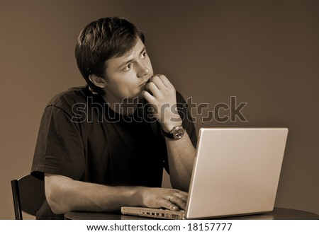Young person works on the computer