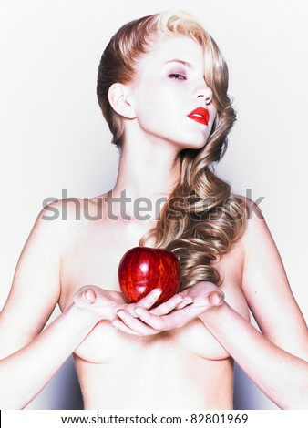 Lifestyle - Pagina 5 Stock-photo-young-pretty-woman-in-a-fashionable-dress-with-apple-82801969