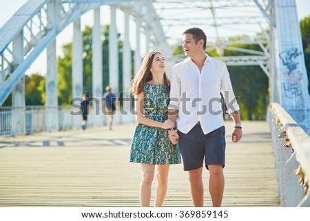dating paris france dating novena