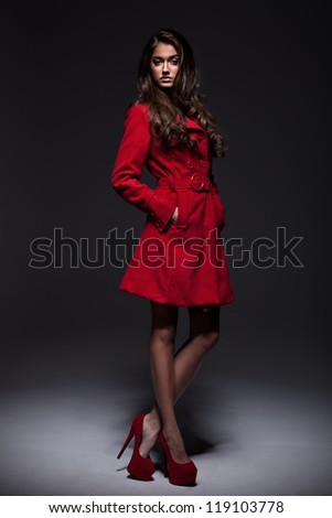 Young woman in a coat for autumn winter fashion
