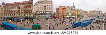 ZAGREB - OCTOBER 3: Unidentified people on main city square (Ban Jelacic square) on October 3, 2014 in Zagreb, Croatia. Many tourists visit Ban Jelacic square, which is located in old city core.