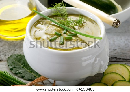 zucchinis soup