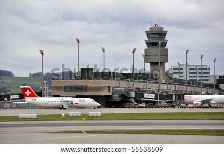 ZURICH - APRIL 18: Zurich airport closed because of the ash clouds on April 18, 2010 in Zurich, Switzerland