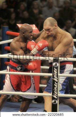 ZURICH - DECEMBER 20: Nikolai Valuev (R) fights Evander Holyfield (L) during the WBA Heavyweight Championship fight on December 20, 2008 in Zurich. Holyfield lost the fight due to majority decision.