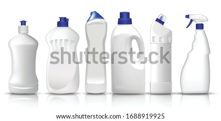 3d vector set of realistic white plastic bottles of liquid laundry detergent, fabric softener, dish washing liquid, glass spray. Space to place your text or brand logo.  Foto stock ©