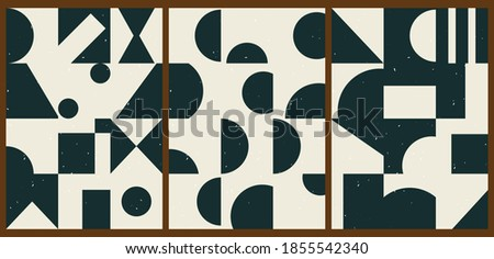 A set of three colorful aesthetic geometric backgrounds. Minimalistic posters for social media, cover design, web, home decor. Vintage illustrations with stripes, shapes, circles, semicircles, lines. Foto stock ©