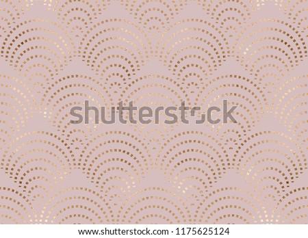 Art deco seamless pattern with gold fan tiles.