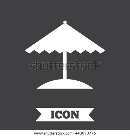 beach umbrella sign icon