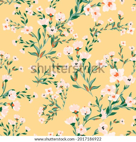 Beautiful floral motif. pink flowers intertwined in a seamless pattern on a gentle yellow background Stock foto ©