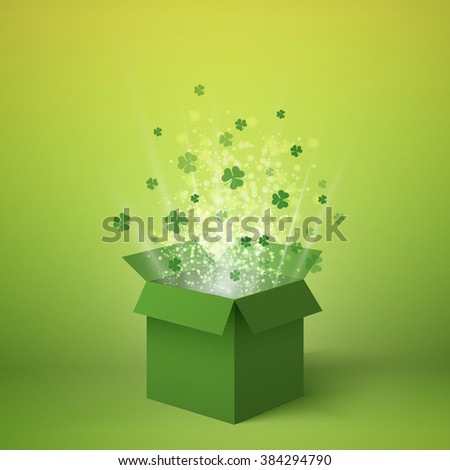 box with clover box isometric
