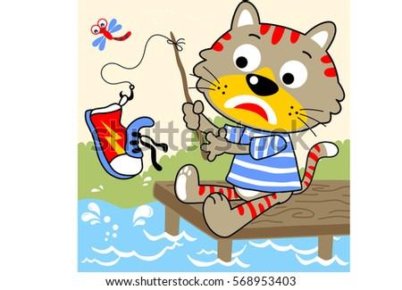 cat fishing but he get a shoes