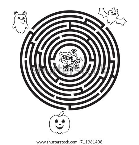 circular halloween maze for