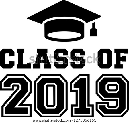 Class of 2019 with mortarboard