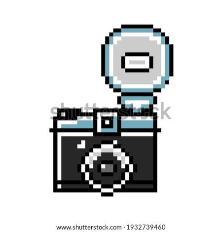 Classic Vintage Retro Film Lomography Camera 8bit Pixel Art   Photo stock ©
