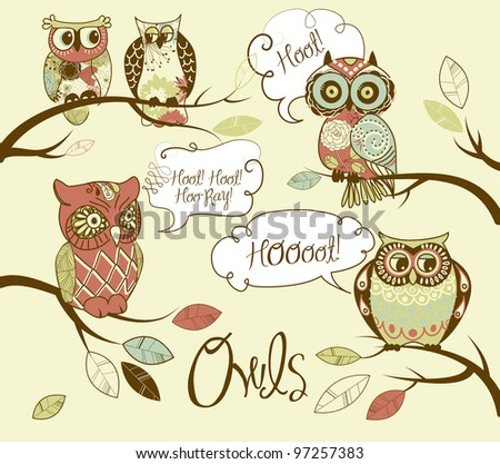 Collection of five different owls with speech bubbles