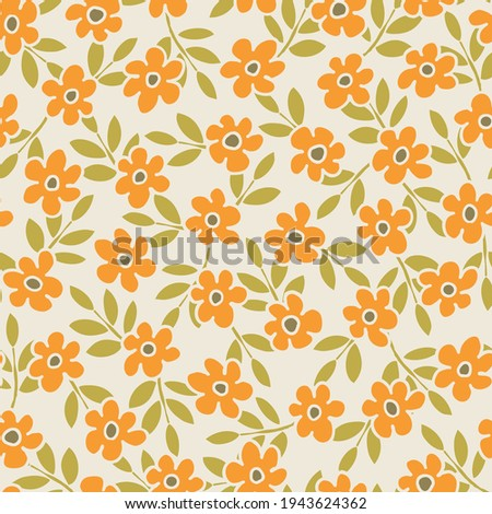 Colorful Small Scale Hand-Drawn Floral Vector Seamless Pattern. Retro 70s Style Nostalgic Fashion Textile Bold Background. Summer Resort Print. Ditsy Daisies. Flower Power Stockfoto ©