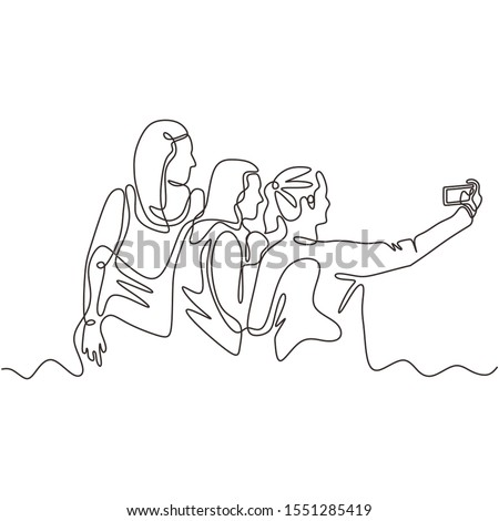 Featured image of post Group Selfie Drawing Reference