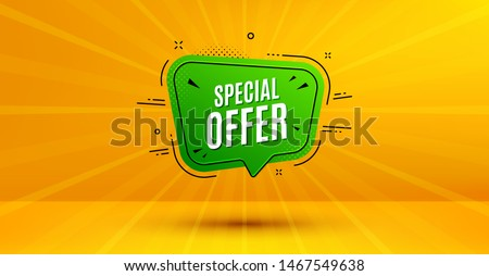 Discount banner shape. Special offer badge. Sale coupon bubble icon. Abstract yellow background. Modern concept design. Banner with offer badge. Vector Stockfoto ©