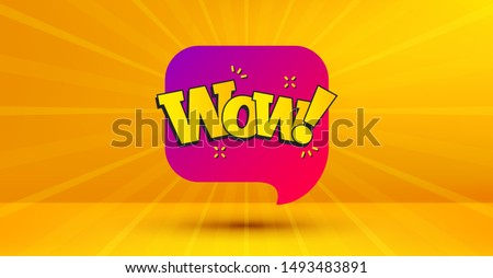Discount banner shape. Wow chat bubble badge. Sale coupon icon. Abstract yellow background. Modern concept design. Banner with offer badge. Vector Foto stock ©