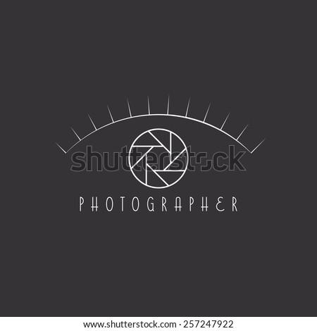 eye logo mockup  aperture of