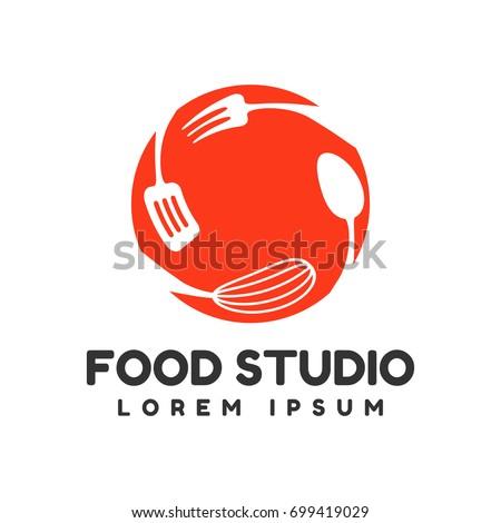 Food studio vector logo. Kitchen tools. Food icon. Cooking logo. Restaurant vector logo template. Cafe logo.