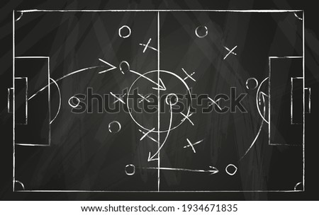Football tactic scheme. Soccer game strategy with arrows on black chalk board. Coach attack plan for play on field top view vector concept Foto stock ©