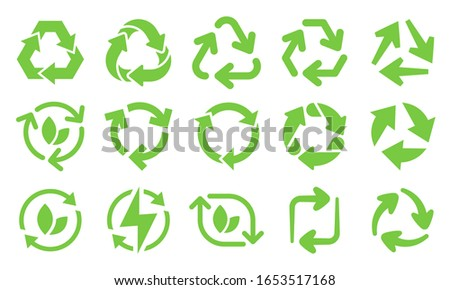 Green eco recycle arrows icons. Reload arrows, recyclable trash and ecological bio recycling icon vector set. recycling energy and environment protection symbols for product packing