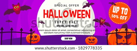 Halloween Event Super Sale Banner Discount Up To 50% Extra 10% With Big Moon, Cute Bat and Jack O Lantern Pumpkin Background Flat Design Illustration Foto stock ©