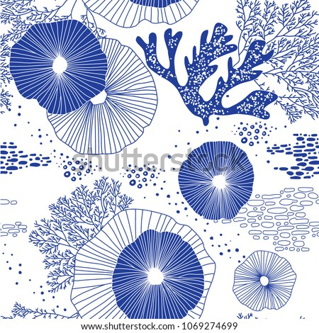 Hand drawn seamless vector pattern. Trendy pattern with corals and algae on a white background for printing, fabric, textile, manufacturing, wallpapers. Sea bottom.
