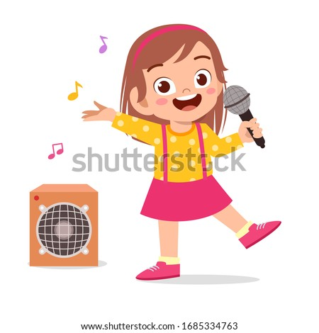 happy cute little kid girl sing a song Stockfoto ©