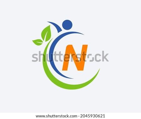 Human Health Logo On Letter N. Letter N Health Care Logo Template. Medical Logo Template Vector Illustration Foto stock ©