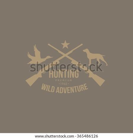 hunting vintage vector emblem