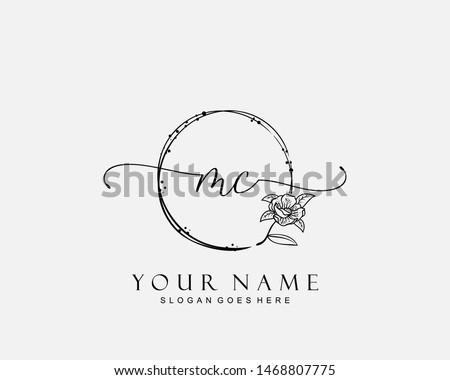 Initial MC beauty monogram and elegant logo design, handwriting logo of initial signature, wedding, fashion, floral and botanical with creative template. Zdjęcia stock ©