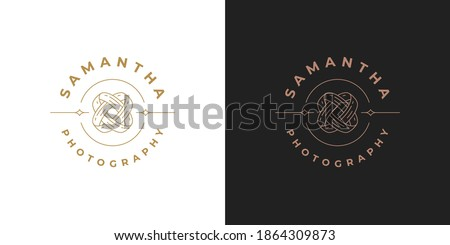 Intertwined wedding rings logo template linear vector illustration. Engagement rings emblem design for wedding planner logotype or photographer brand line art style. Stock foto ©