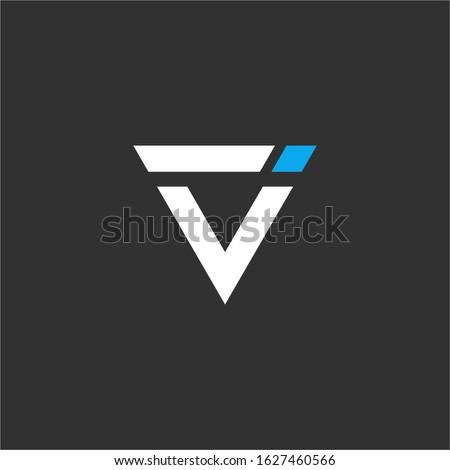 iv initial letter logo design