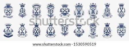 Keys logos big vector set, vintage heraldic turnkeys emblems collection, classic style heraldry design elements, ancient designs. secret.