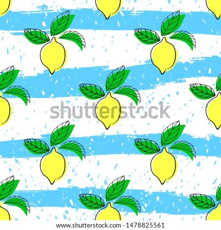 Lemon seamless vector pattern. Seamless pattern with lemon on light background. Fruit background. Lemon seamless pattern.